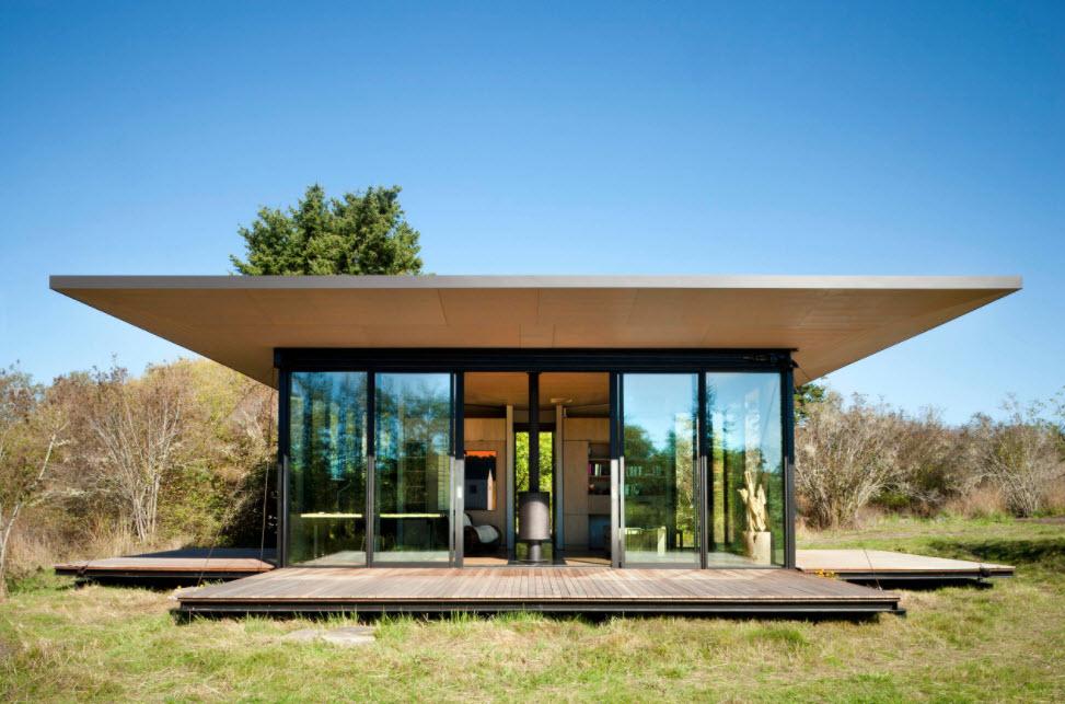 стеклянный фасад одноэтажного дома
