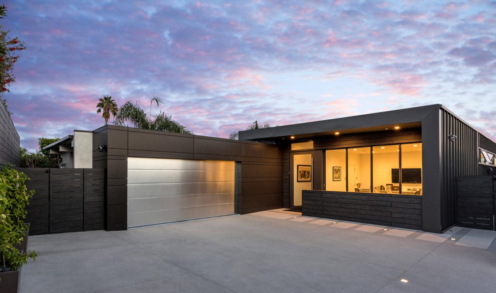 Одноэтажный гараж купить секции для гаража