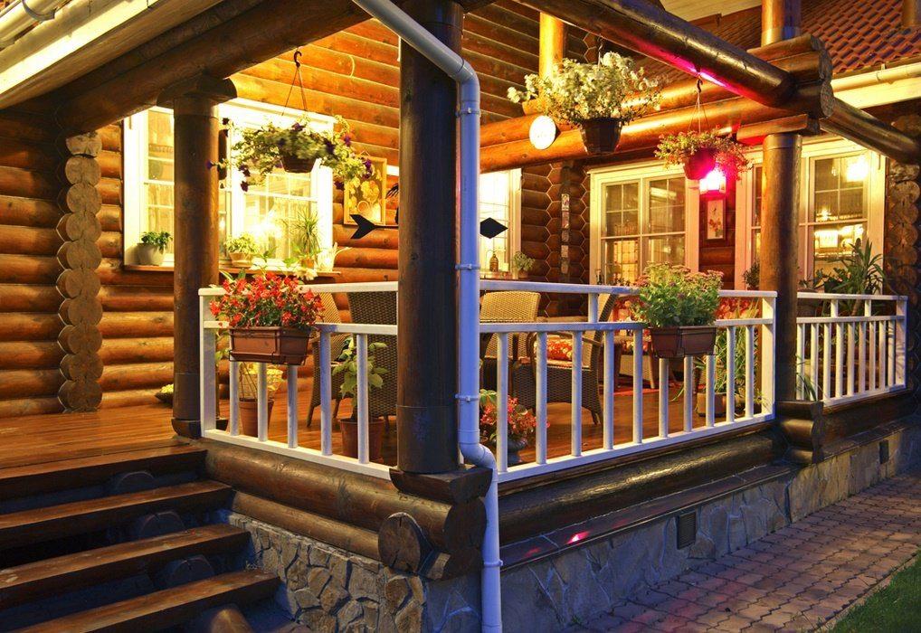 при деревянный дом с бревенчатой верандой фото рисунок рук