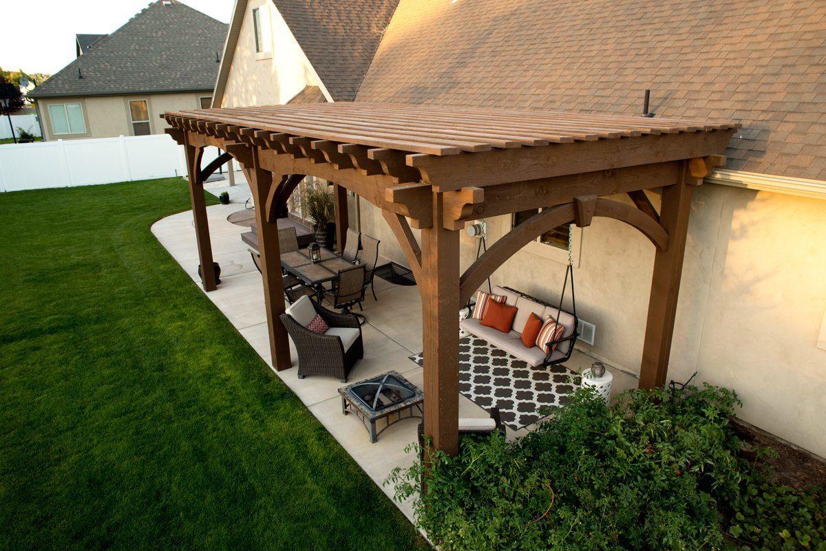 Навес-беседка возле дома: фото очаровательных пергол и прочих конструкций для д екорирования здания и сада