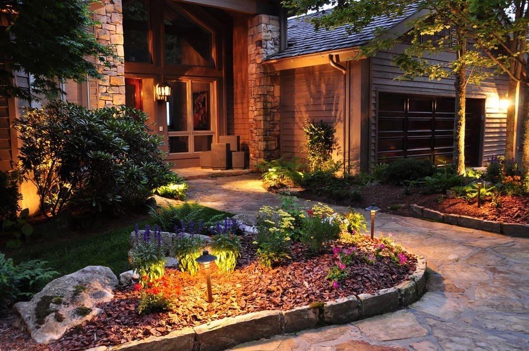 убедиться красивые дворы в частных домах фото удается совмещать блестящую