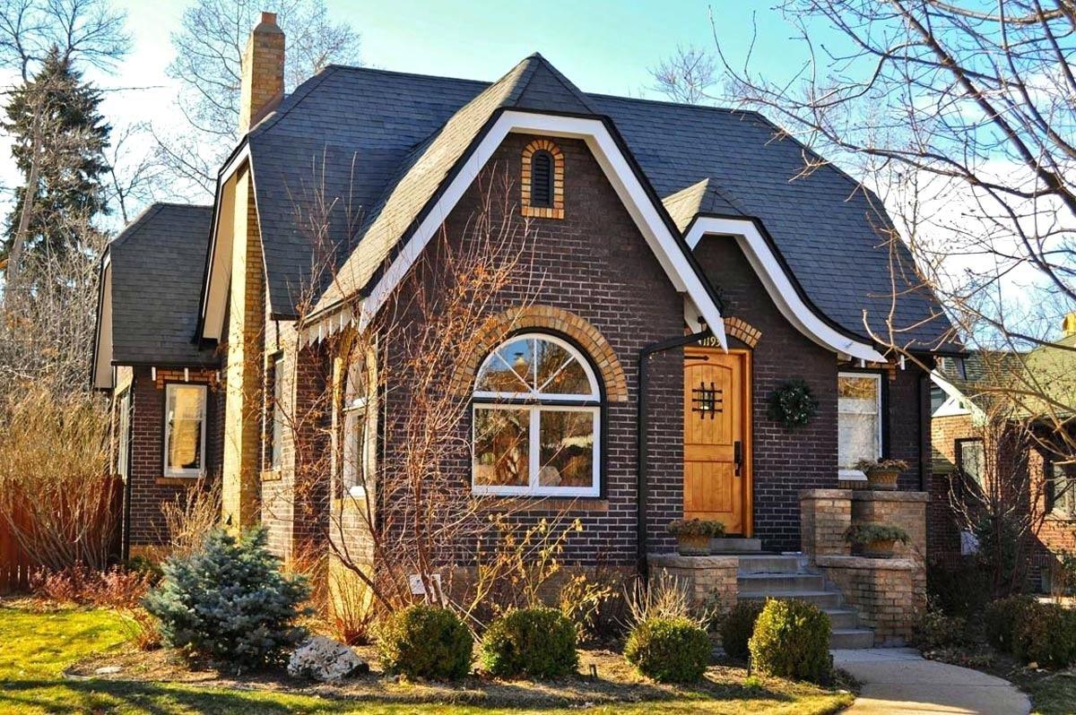 красивые кирпичные дома фото со всех сторон