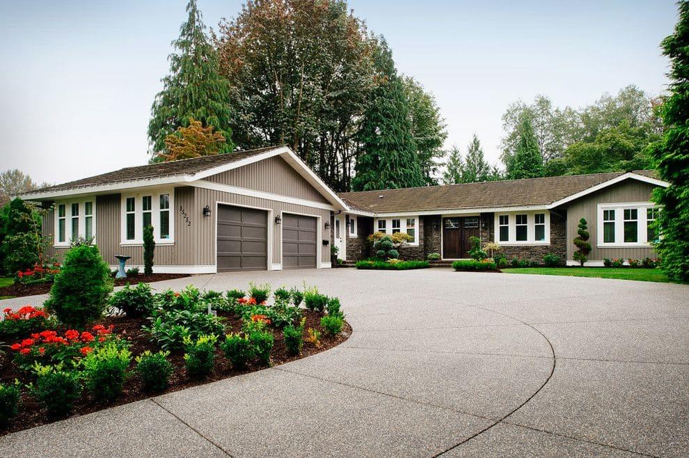 modern ranch exterior - 990×658