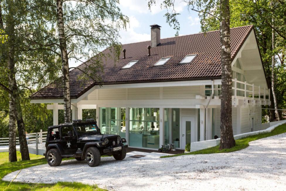 двухскатная крыша с мансардными окнами