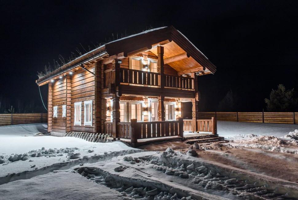 дом из дерева с двухскатной крышей