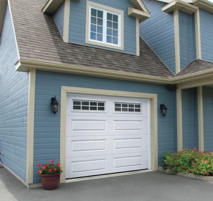 синий дом с гаражом