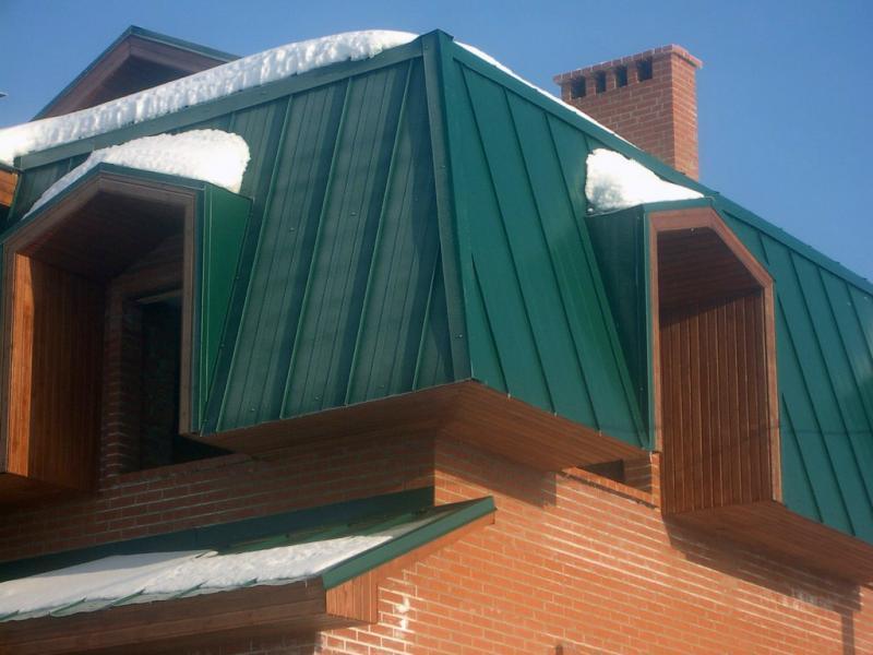 зеленая крыша из профнастила