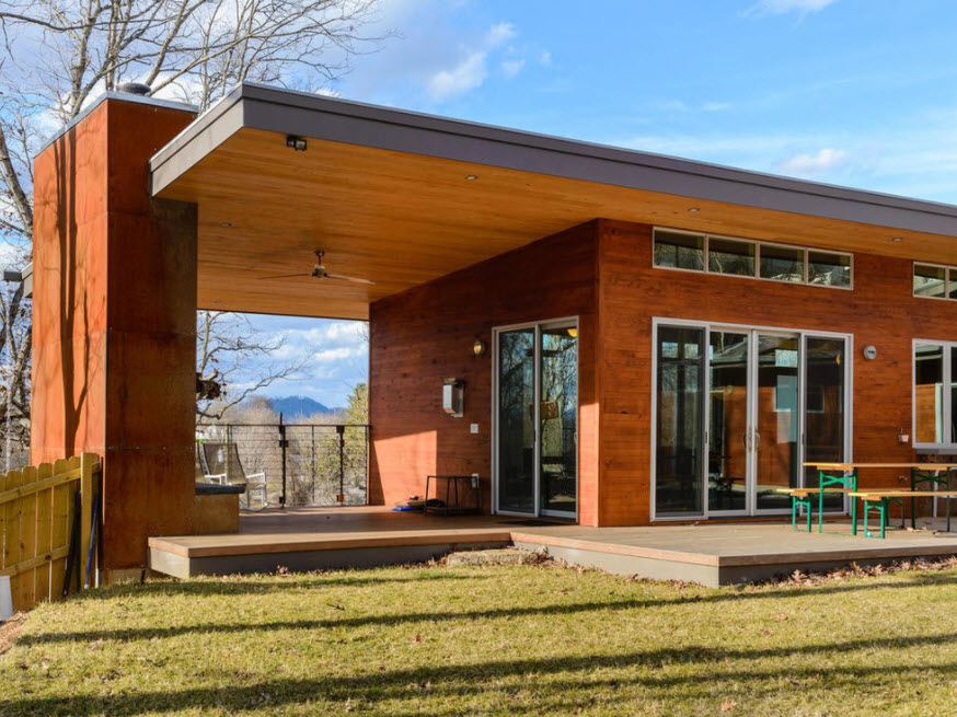 дом с террасой деревянный