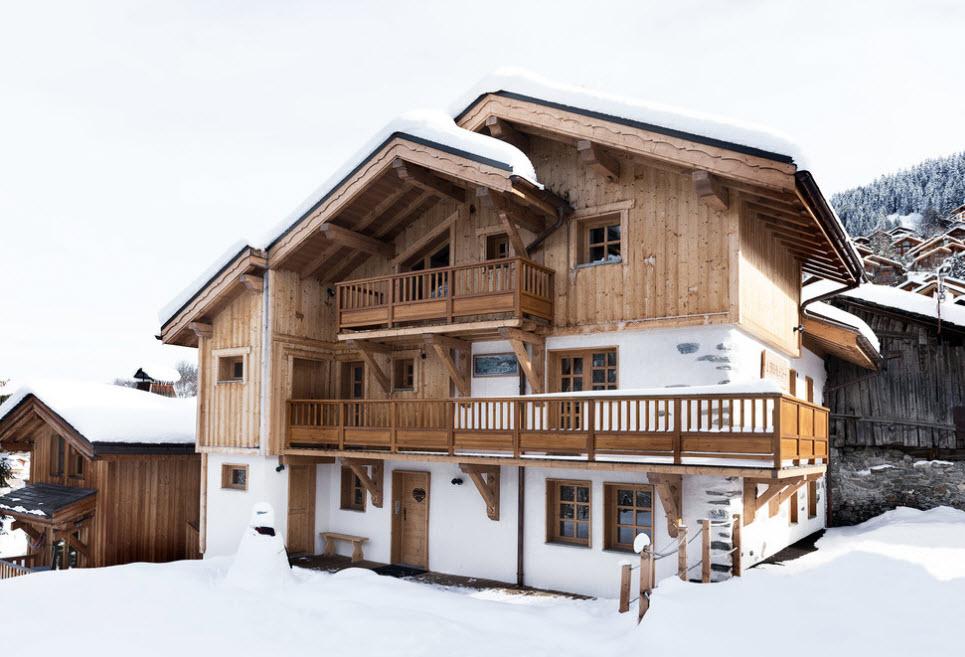 домик деревянный в горах