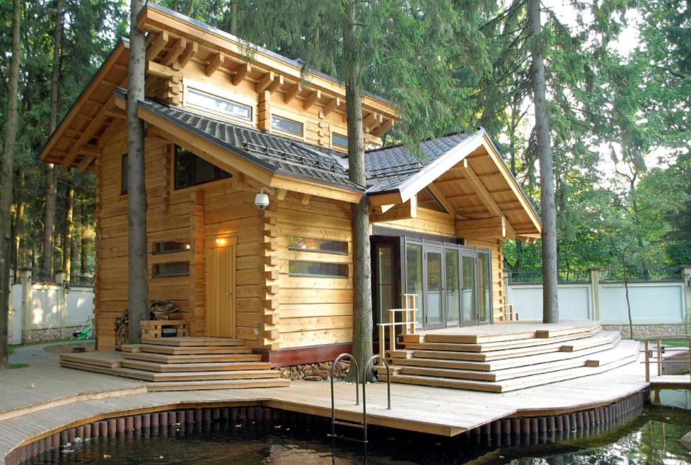 небольшой домик с баней