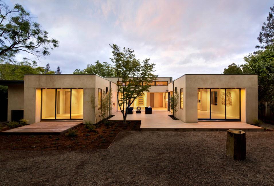 панельный домик с плоской крышей