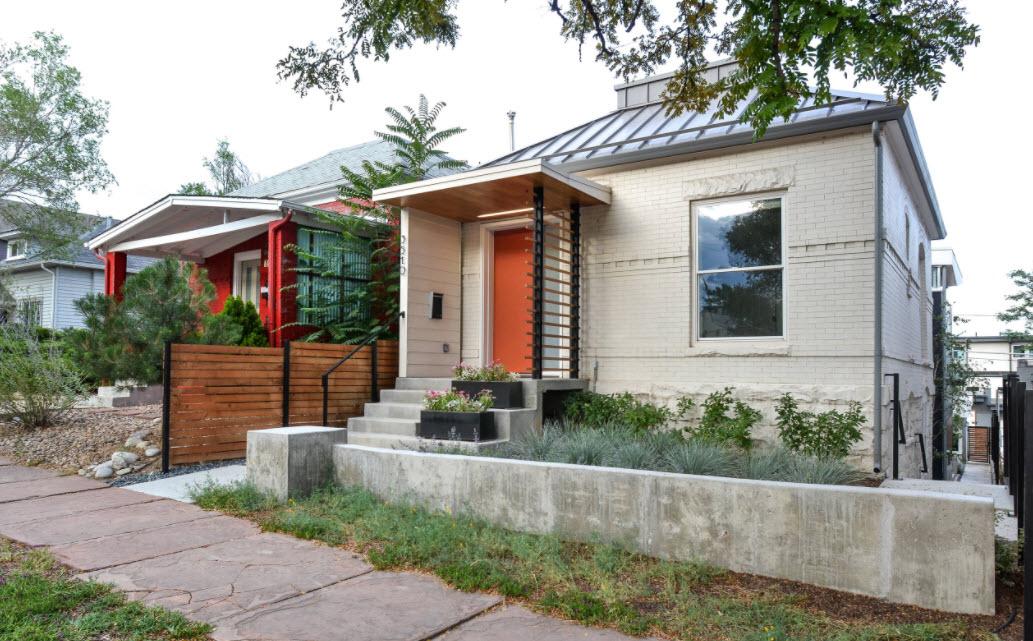 современный домик с фальцевой крышей